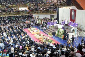 I funerali delle vittime del disastro ferroviario sulla Andria-Corato