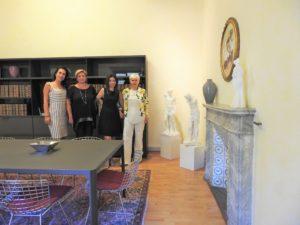Silvana Pallotta con alcune collaboratrici