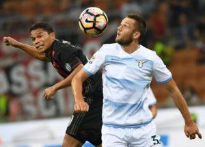 Carlos Bacca mette sotto la Lazio