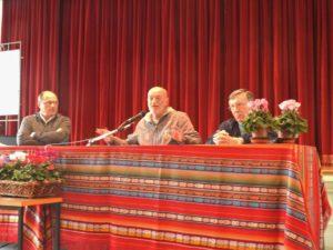 da sinistra, Riccardo Perico, Toni Capuozzo e padre Santino Epis