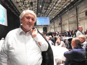 Il ministro Giuliano Poletti ai tavoli della Leopolda