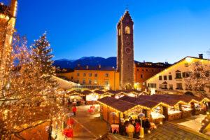 Bolzano con l'addobbo natalizio