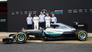Il team Mercedes campione