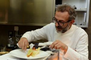 Massimo Bottura, de L'Osteria Francescana, lo chef che la cucina mondiale ci invidia