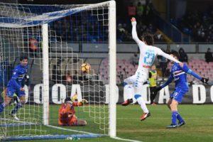 Napoli batte Samp e Ferrero impreca